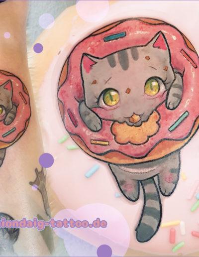 Kawaii Kitty im Donut